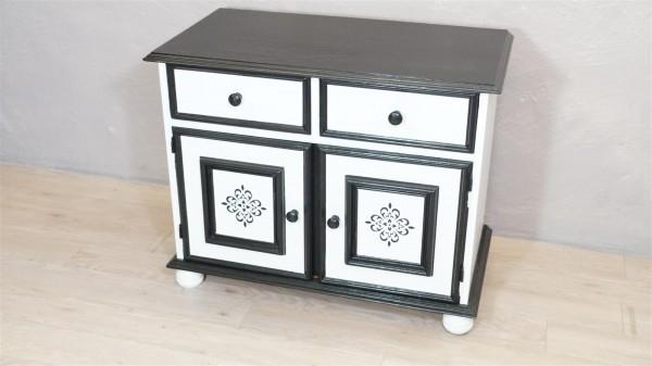 Kommode schwarz weiß shabby chic Upcycling DIY Handarbeit Selfmade Muster Modern
